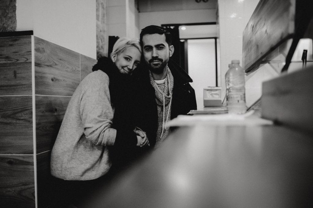 Homme et femme dans un restaurant