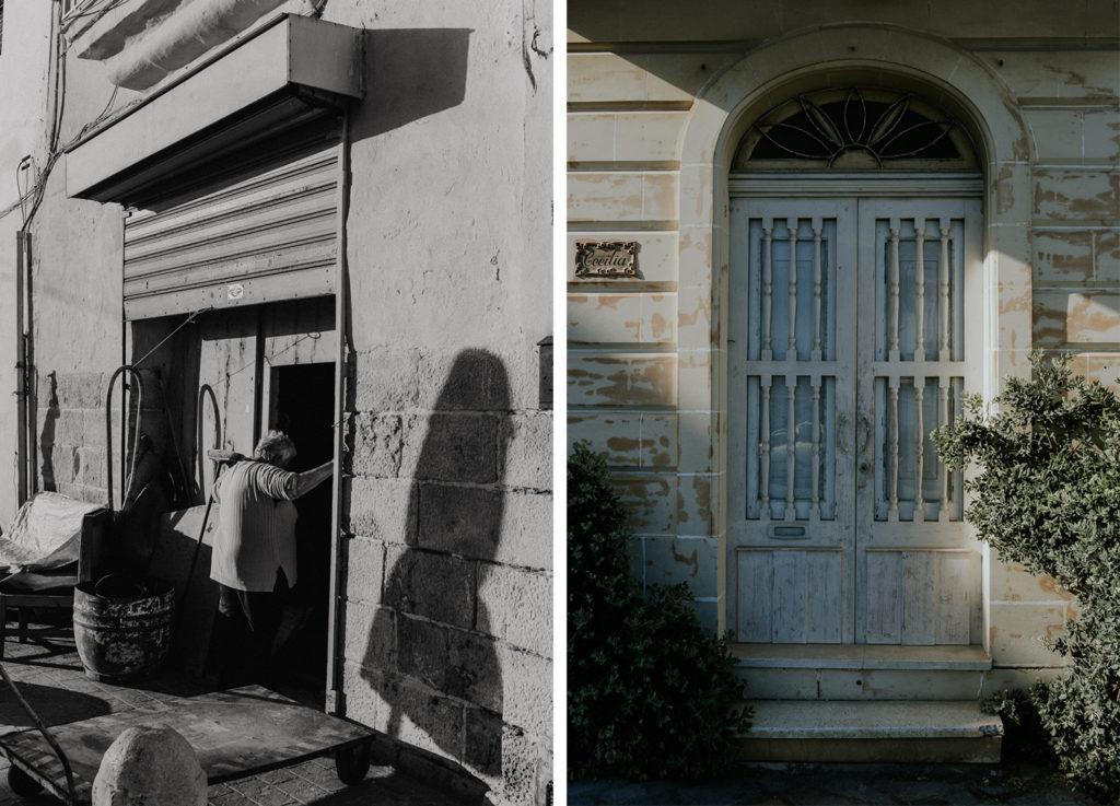 Femme dans encadrement de porte en noir et blanc - Porte d'entrée - Marsaxlokk