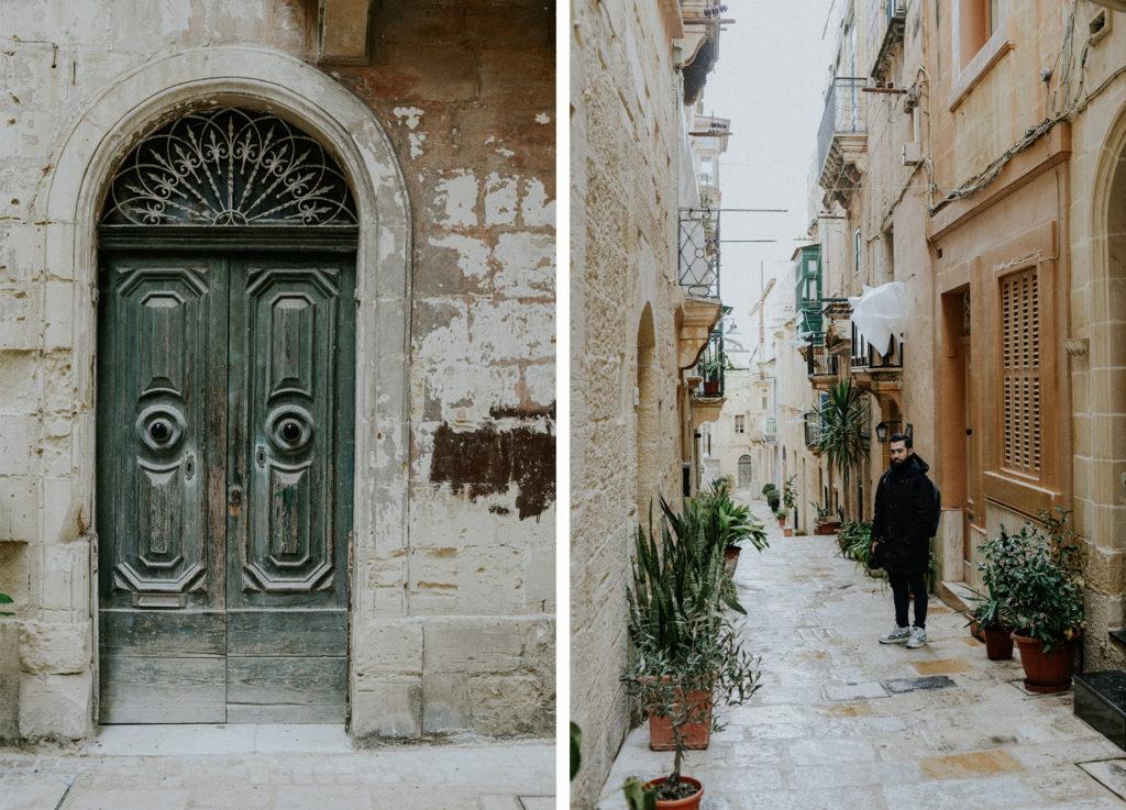 Porte d'entrée - Homme dans une rue - Gozo - Malte